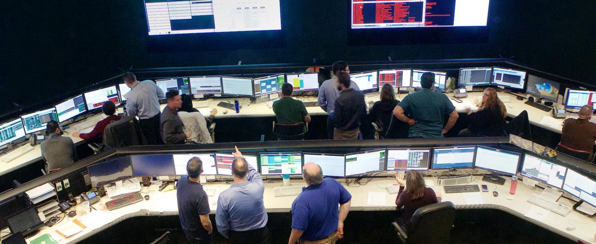 Iridium Command Center - Apollo Satellite